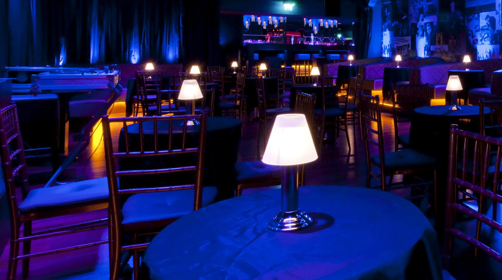 slide_venue