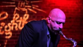 John Tendy, NYC tenor saxophonist, thrills Musicians Hall audience
